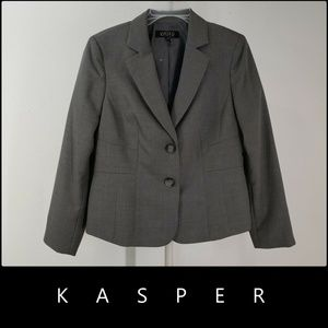 Kasper Woman 2 Button Blazer Suit Size 10P Gray